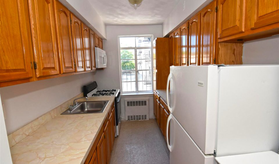 One Bedroom For Rent 7005 Shore rd apt 2N Brooklyn NY 11209
