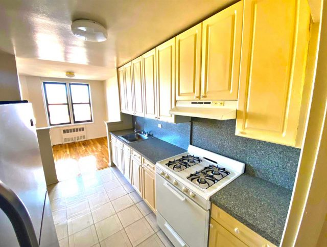 ONE BEDROOM FOR RENT! 8635 21st Ave APT 6H, Brooklyn, NY 11214