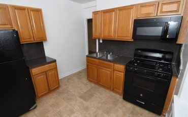 One Bedroom For Rent. 401 Schenectady ave Brooklyn NY, 11213.