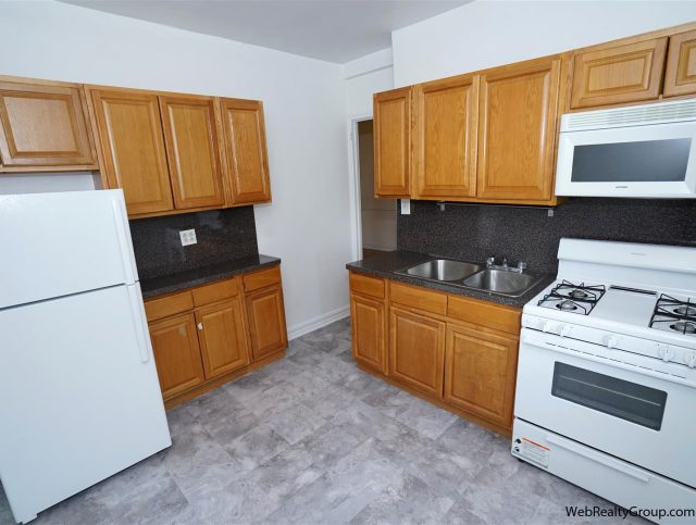 Two Bedroom apartment for rent in Midwood
