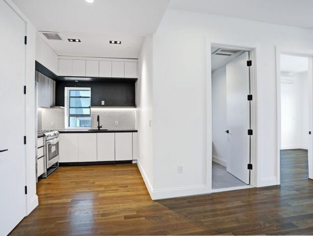 ONE BEDROOM APARTMENT FOR RENT!