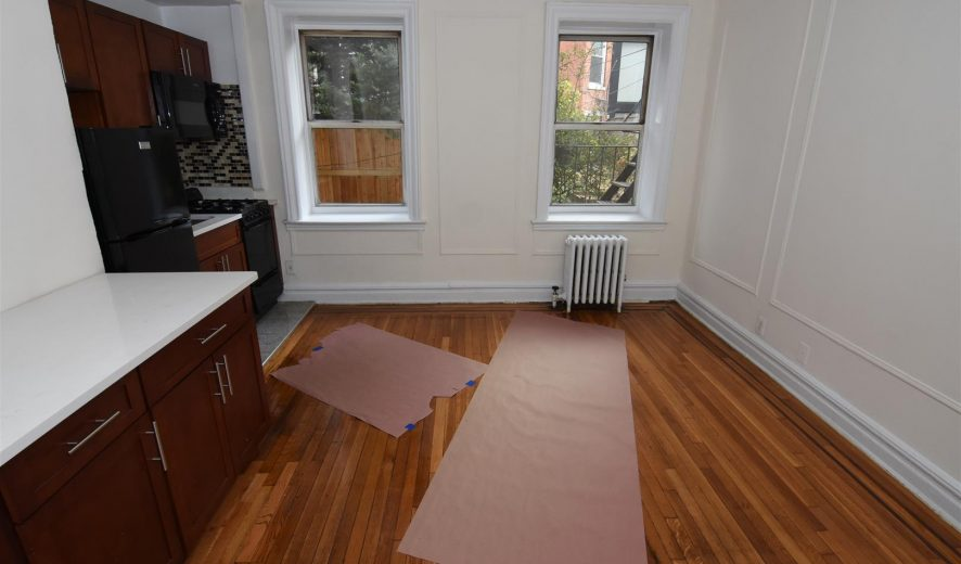 Studio Apartment For RENT 253 Cumberland st Brooklyn NY 11205